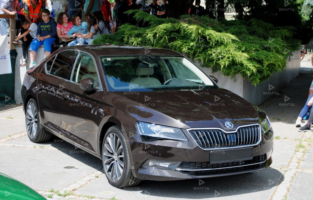 Диагностика ошибок сканером Škoda Superb в Шатуре